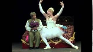 видео: Фёдор Добронравов в спектакле Швейх или гимн идиотизму