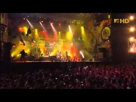 The Pussycat Dolls - Buttons (Live @ Malaga)