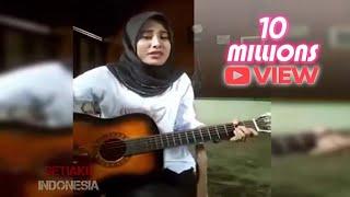 Video CEWEK JILBAB Nyanyi ST12 Keliatan Anunya (GA FOKUS) download MP3, 3GP, MP4, WEBM, AVI, FLV November 2017
