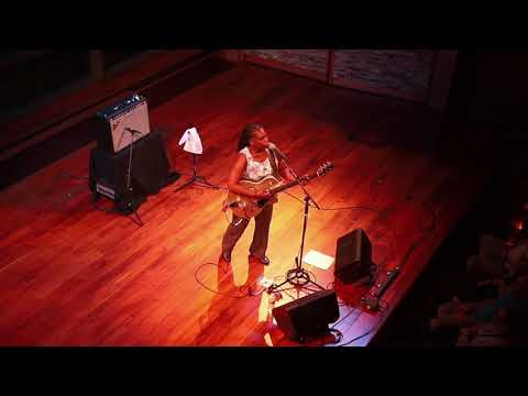 Ruthie Foster~Joy comes back