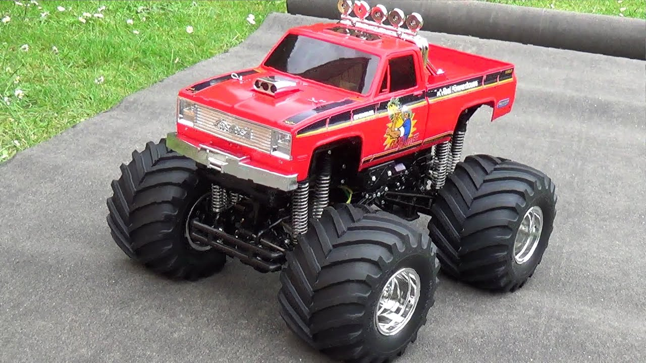 rc truck ebay with Watch on 9115 112 2 4GHz 2WD Brushed RC Monster Truck RTR P 965765 besides 121694468901 further Tamiya RC Truck King Haulers 114 Custom And Flatbed Trailer in addition 361769067023 also 201649957524.