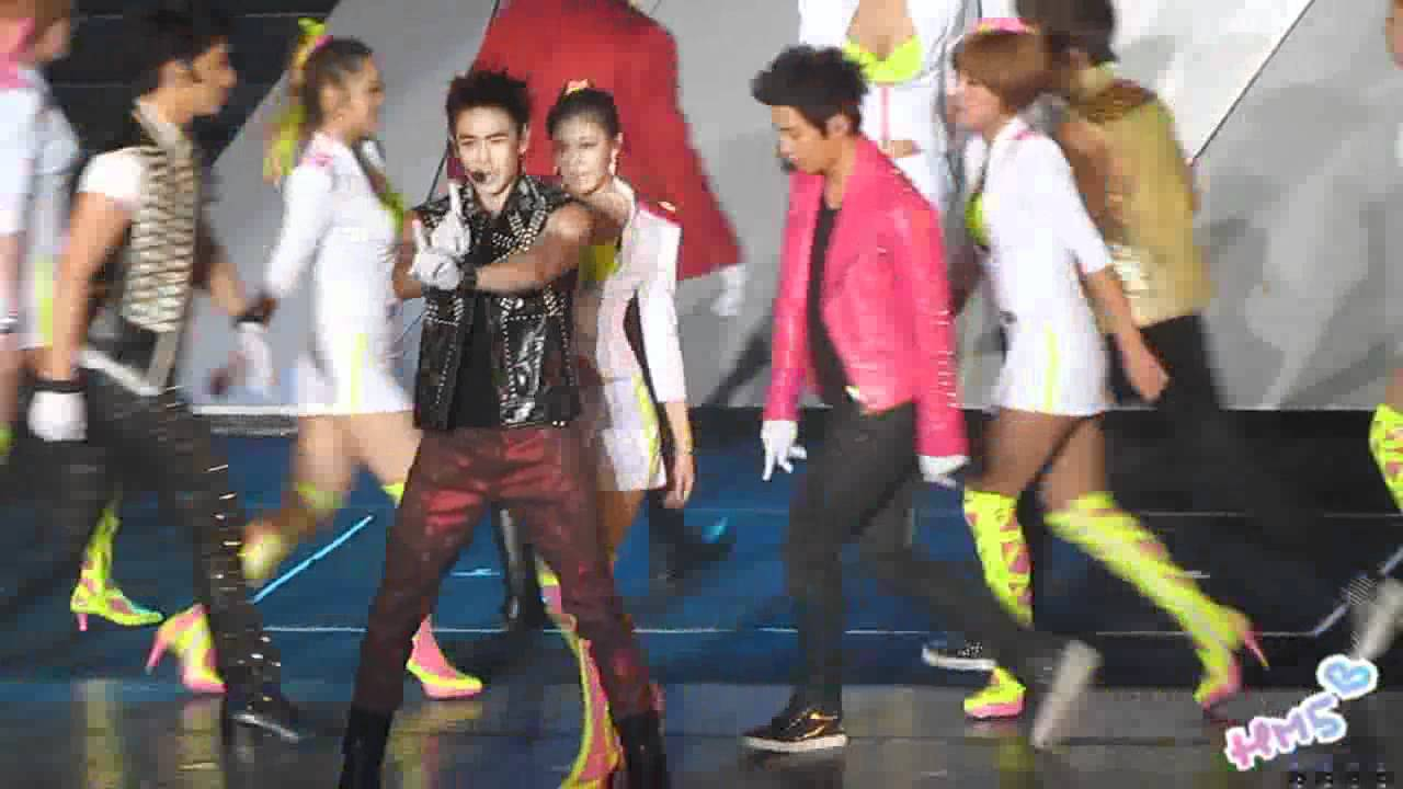 """Download [happymate5] 2011/10/08 2PM """"HANDS UP"""" Asia Tour in Taipei - Electricity"""