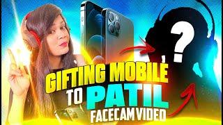 Patil Face Revel &amp Gifting Mobile to Patil  Garena Free Fire  Bindass Laila