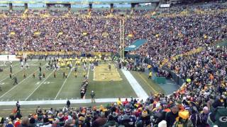 Patriots enter Lambeau Field to a chorus of boos.