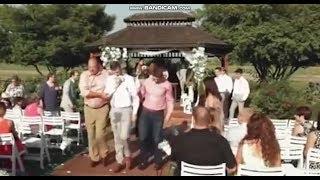 Новости SF. Приколы. На свадьбе свидетель рухнул в обморок и сломал зубы !