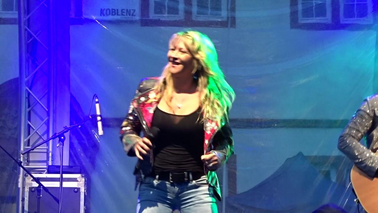 Yvonne König
