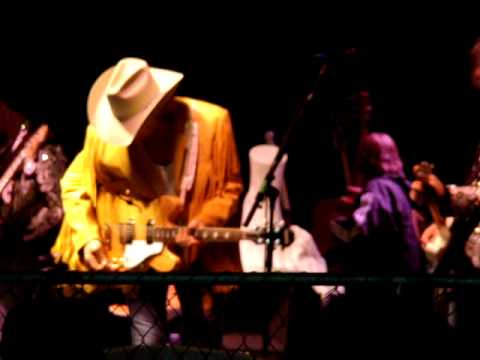 Dwight Yoakam, Long White Cadillac, Alberta, Canada - YouTube