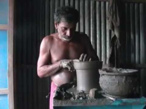 matir shilpo। মাটির শিল্প। মাটি দিয়ে যে ভাবে হাড়ি পাতিল বানানো হয়