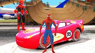 2 Человека Паука Спайдермена устроили гонки на гоночной машине Молния Маквин Тачки 2 на русском