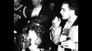 Rhymin Simon feat. King Orgasmus One - Lasst uns chilln Schlampen pt. 1
