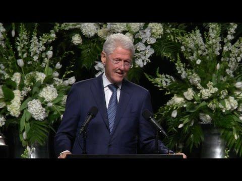 Bill Clinton delivers speech at Muhammad Ali memorial service