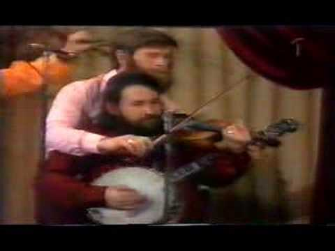 Dubliners - the Octopuss jig (must be seen to be belived)