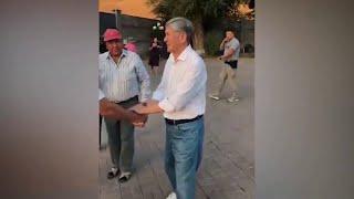 Из Киргизии поступают противоречивые сообщения о происходящем вокруг экс-президента А.Атамбаева.