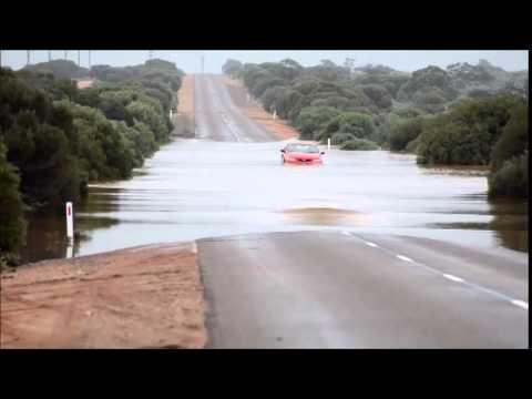 Flood 1, car Nill, Iron Knob Road 10 April 2014