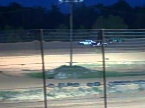 Champion Park speedway begginer cruiser heat race