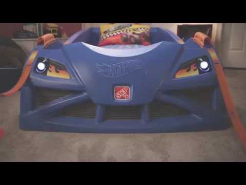 step2 hot wheels™ toddler-to-twin race car bed™ - youtube