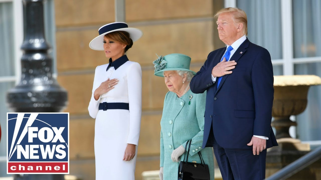 FOX News - Trumps, Queen Elizabeth view items from the Royal Collection