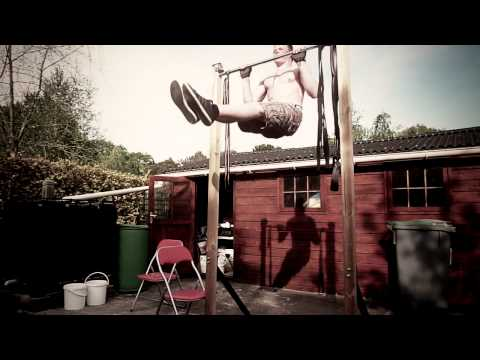 Street Workout France - 17 years old ( Evolution 2013 )