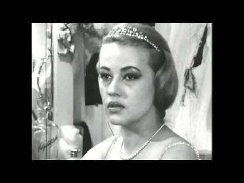 Jeanne Moreau - Interview (1956)