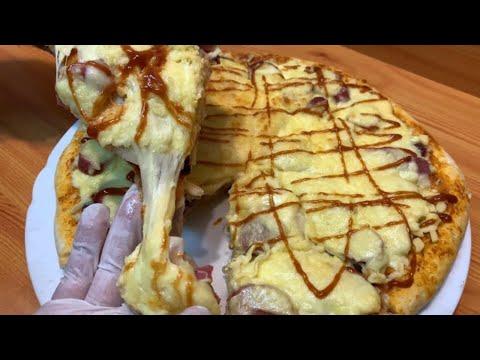 صورة  طريقة عمل البيتزا بيتزا المحلات بكل اسرارها وازاي الجبنة الموتزاريلا تبقي مطاطية وكمان بعجينة هشة جداً الشيف هناء فهمي طريقة عمل البيتزا من يوتيوب