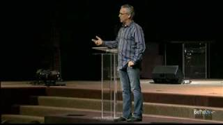 10 minutes, 10 testimonies