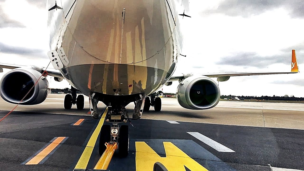 EPIC 737-800 Pushback @DUS Airport - 1080P -