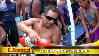 """Repeat youtube video El """"Baywatch"""" peruano: Kike Suero y un divertido día en la playa como 'salvavidas'"""