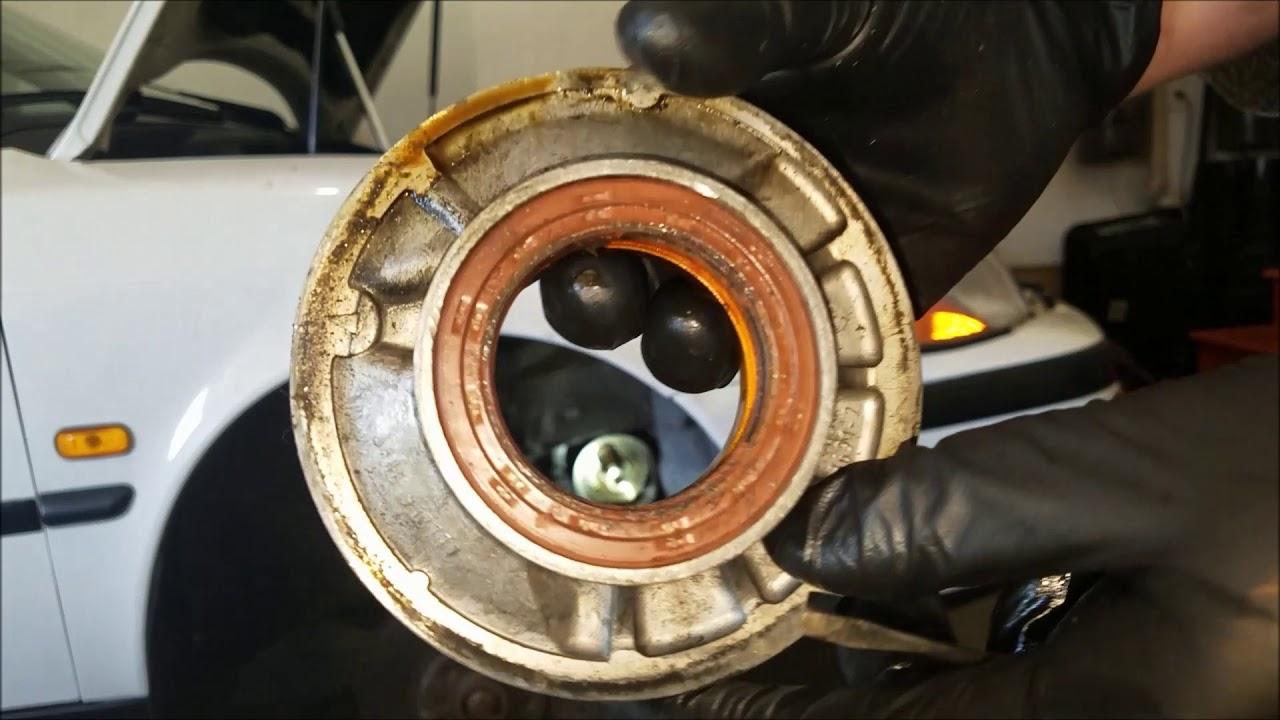 Saab - Replacing the Front Crankshaft Seal