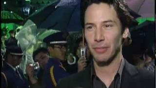 Keaunu Reeves Talks w/Rocker Jada Pinkett-Smith in The Matrix Revolutions Movie Premiere
