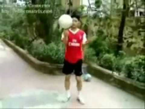 Vietnam amazing Freestyle Football 2009 part 1