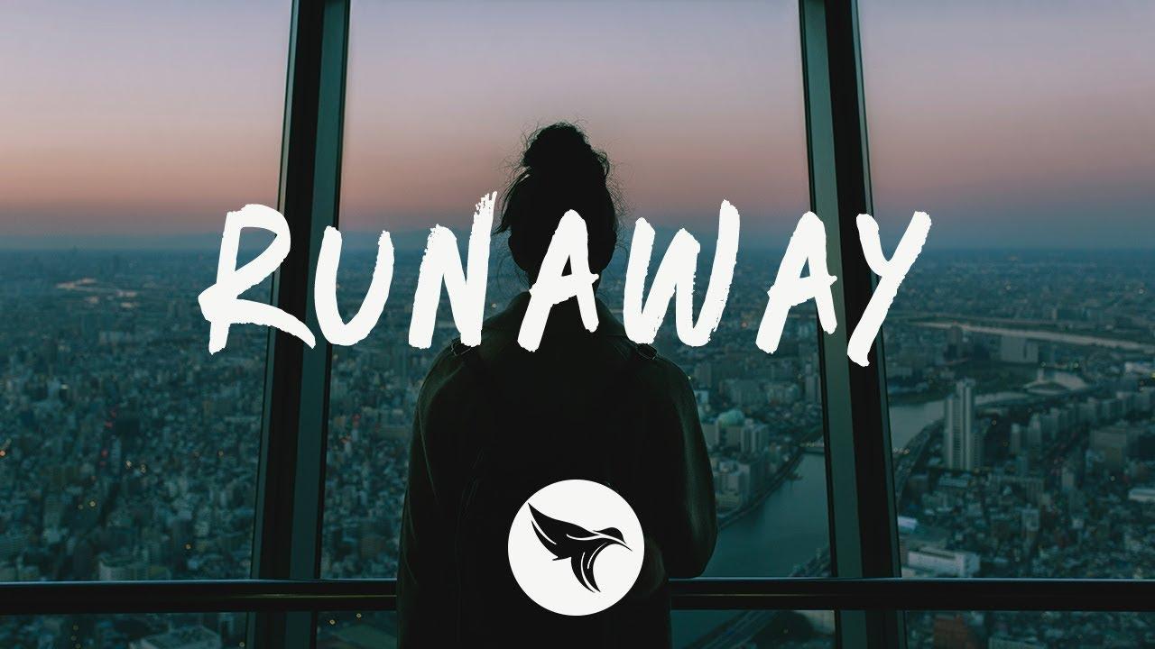 Arti Terjemahan Lirik Lagu Hayley Kiyoko - Runaway