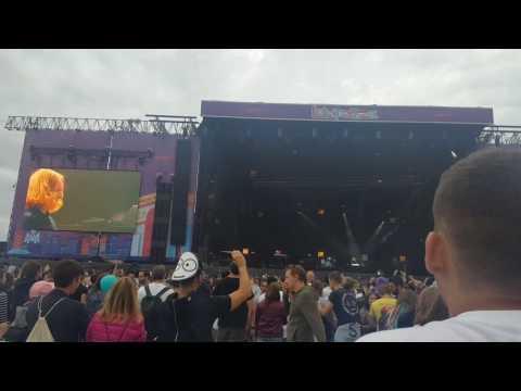 Jeremy Ellis [The Roots] - beatbox session [Lollapalooza Paris July 2017]