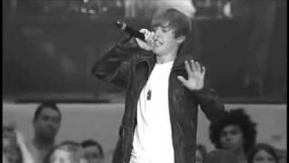 Justin Bieber - DJ got us falling in Love again!