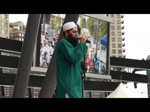 Junaid Jamshed performs Dil Dil Pakistan LIVE after 15 years in Toronto, 2011