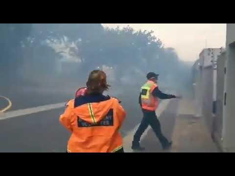 Cape Town fires: Vredehoek and Oranjezicht evacuation