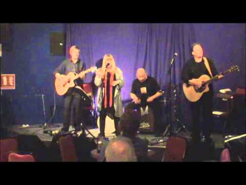 Celtic Moon - Red Shoes at Ulverston LIVE 2015