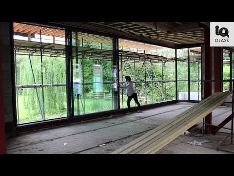 On Site: Oversized Sliding Doors create a huge sliding glass wall