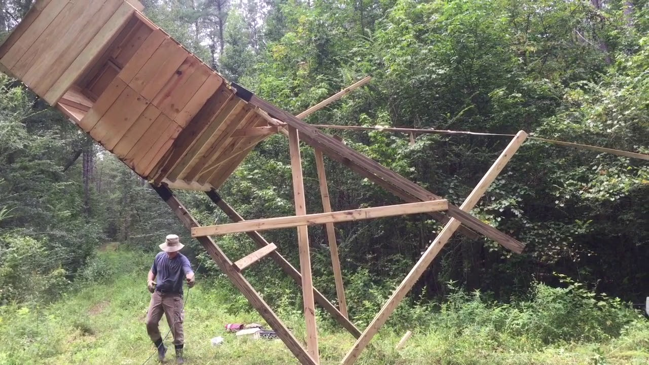 Redneck Cajun Hunting Blind Raising Youtube