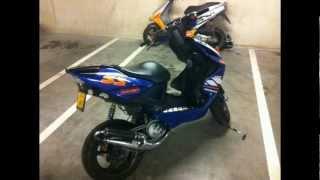Oldskool Aprillia SR urban kid & tuned Yamaha Aerox (2012)