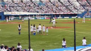 千葉ロッテ井口選手の引退試合に、そのお嬢さんが登場。親のプロ野球選...