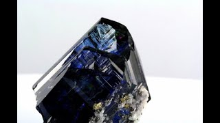 Tanzanite from Tanzania documentary of Patrick Voillot