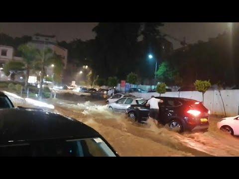 يورو نيوز:شاهد: الفيضانات تغرق العاصمة الجزائرية