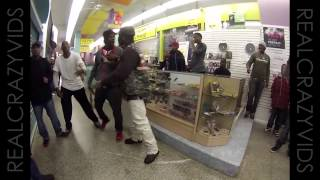 (NEW) Atlanta Mall Security Tasers Another Guy