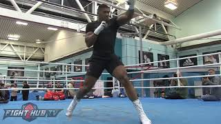 THE HEAVYWEIGHT KING! ANTHONY JOSHUA W/FAST COMBINATIONS SHADOW BOXING AHEAD OF TITLE DEFENSE