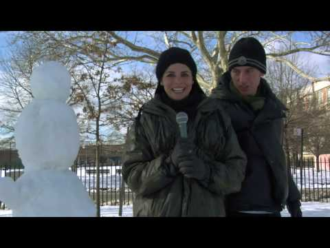 Metro Randomness and Snowman Making: HowAboutWe.Com