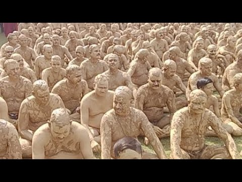 Asian Record Of Mud bath at AROGYA MANDIR, GORAKHPUR