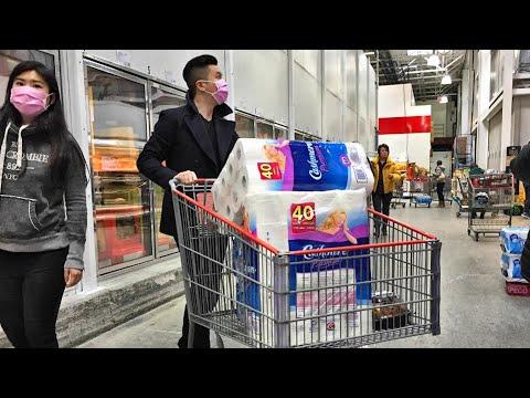نصائح لحمايتك أثناء التسوق في ظل تفشي كورونا..ولماذا يجب الحذر من الخضار والفواكه خلال تلك الفترة؟