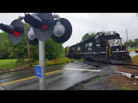 What If American Railroad Crossings Sounded Different Pt 9: Australia
