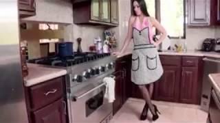 Download Video Porn Star - Brazzers - Mommy Got - Vanilla Deville and Bruce Venture - Moms Cream MP3 3GP MP4