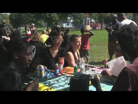 Youth Art Build Action @ O'Fallon Park #UNITEDWEFIGHT #FERGUSON